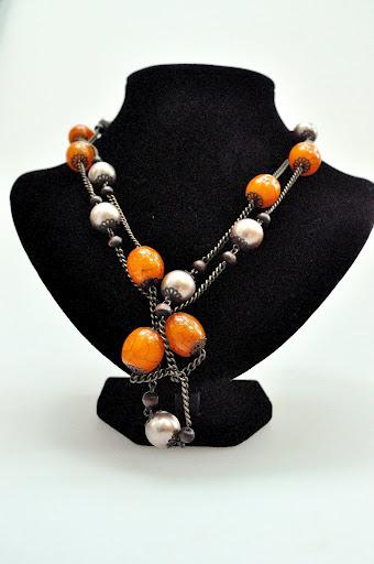 Colier cu pietre marii, orange & silver